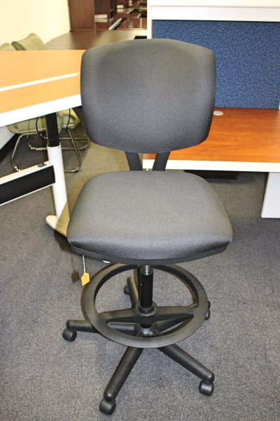 Rolling Counter Height Task Chair