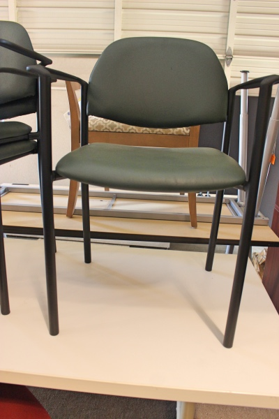 Vinyl Guest Chairs Guest Chairs A Affordable Office