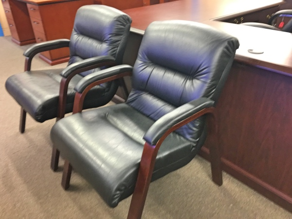 used lay z boy guest chairs black leather and mahogany used office chairs a affordable. Black Bedroom Furniture Sets. Home Design Ideas