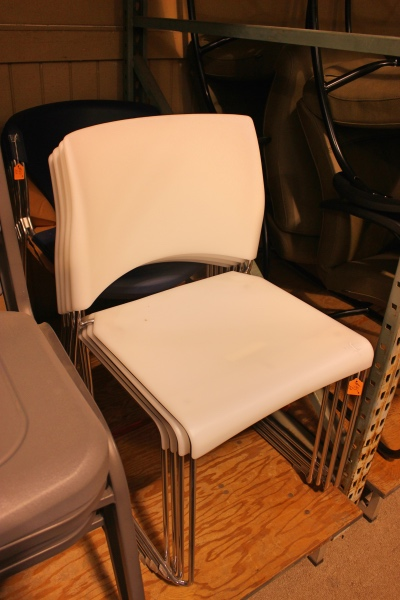 Modern guest chairs guest chairs a affordable office for Modern affordable office furniture