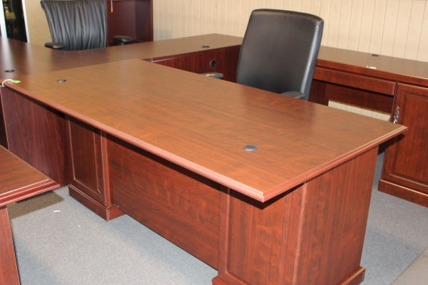 Traditional Laminate Desk Desks A Affordable Office